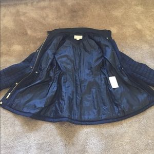 Michael Kors Jackets & Coats - Michael Kors navy quilted woman jacket. Size xs